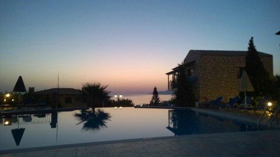 Marni Village: Sunrise by the infinity pool