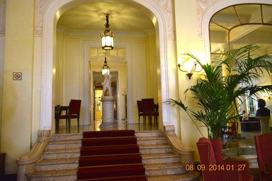 Grand Hotel et Des Palmes : Foyer