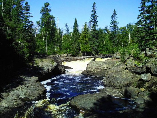 Temperance River State Park: Falls in the Temperence River