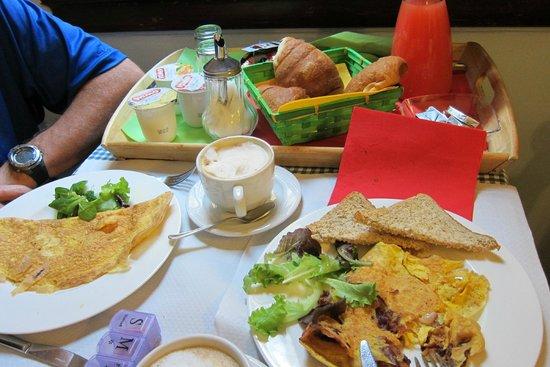 Soggiorno Panerai: Breakfast