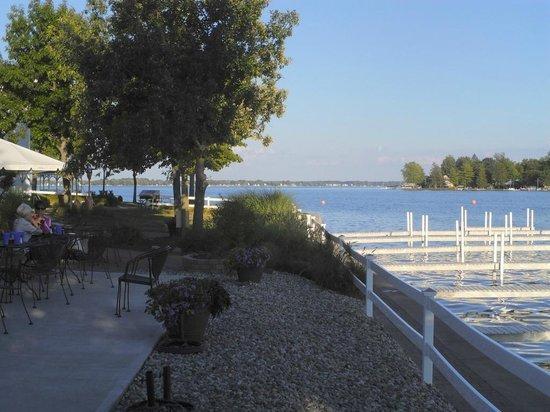 Oakwood Resort : The Pier restaurant is the outside dining area.