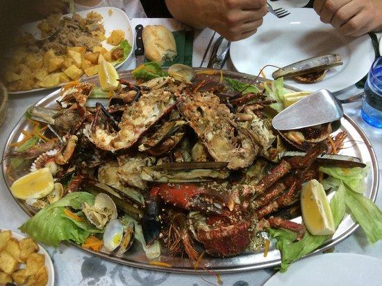 Restaurante El Muelle: Parrillada con bugre, muy rica