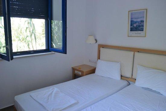 Anna Plakias Apartments: Camera da letto