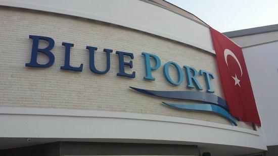 The Mandarin Restaurant: Blue port just outside of mandarin