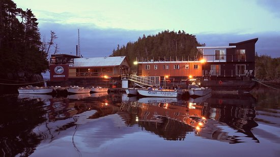 Ole's Hakai Pass Fishing Lodge