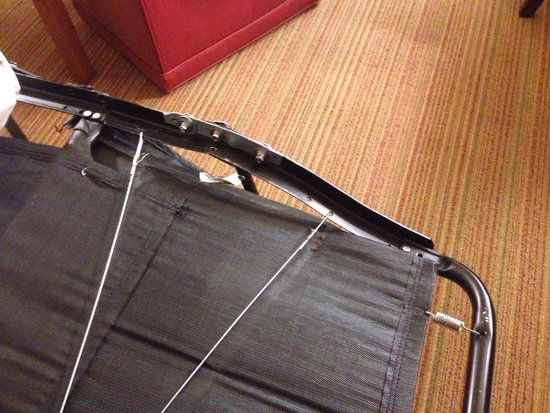 Residence Inn San Diego Mission Valley : You can see it bent pretty bad.. How can you not see this?