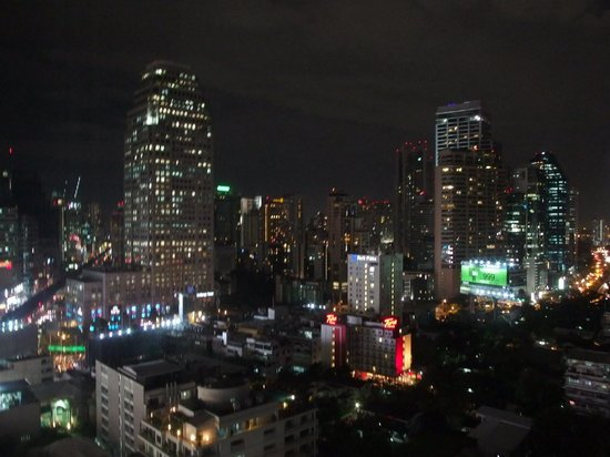 Sheraton Grande Sukhumvit, A Luxury Collection Hotel: 部屋からの夜景