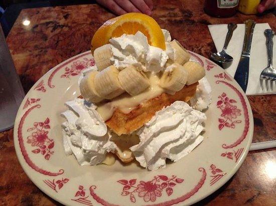Belgian Waffle Works: Waffles and Ice Cream