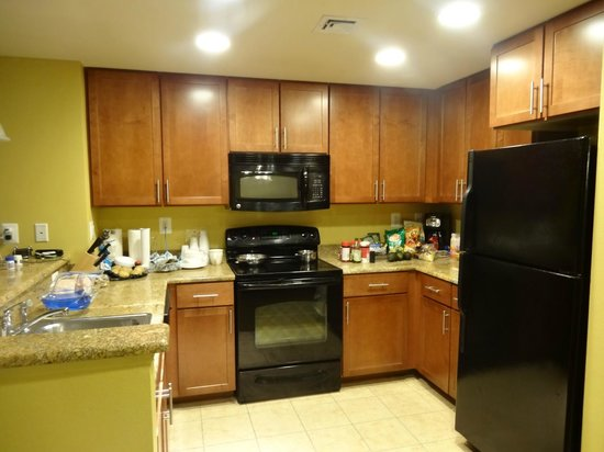 Wyndham Vacation Resorts At National Harbor: Fully-equipped kitchen