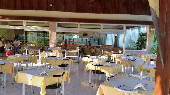 Golden Odyssey Kolimbia: Outdoor seating in restaurants
