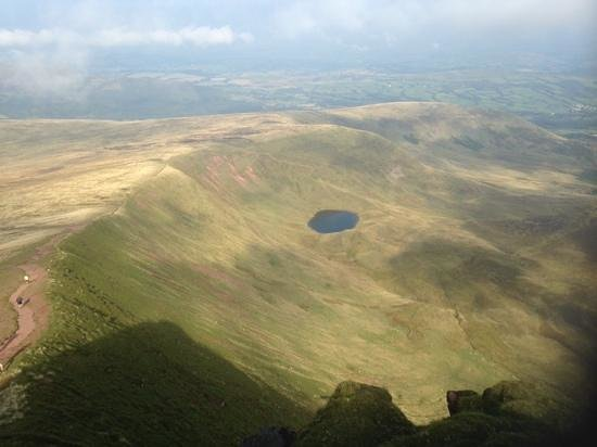 Pen-y-Fan: Views all the way up ...