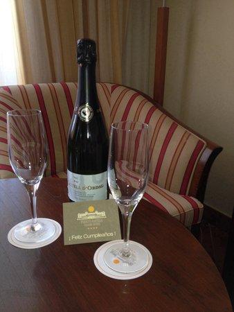 Puerto Antilla Grand Hotel : приятная неожиданность ко дню рождения!