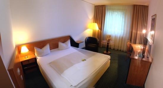 NOVINA HOTEL Südwestpark: Zimmer Süd-West-Park