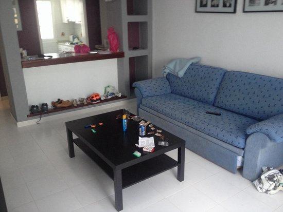 Vista Mar Apartments : Our room