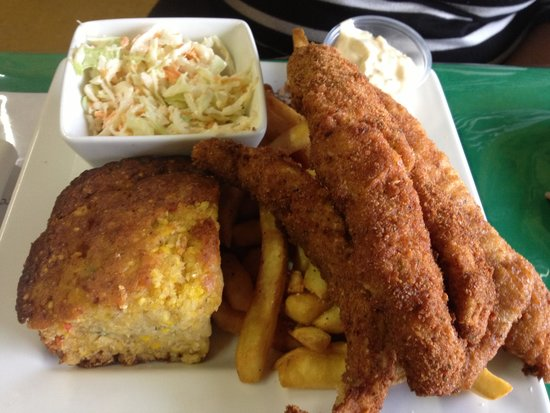 Fried fish lunch picture of sunset paradise norfolk for Good fried fish near me