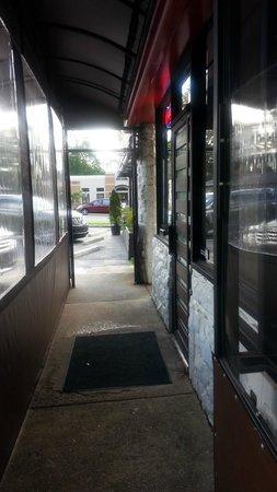 Sobban: Front entrance