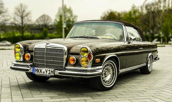 Mercedes-Benz Museum: Mercedes-Benz 280SE Cabriolet 1970