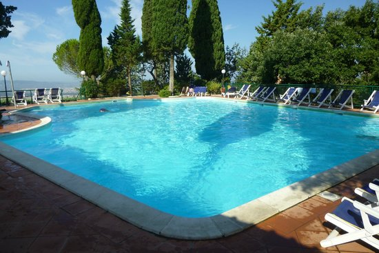 Camping Village Panoramico Fiesole : Pool