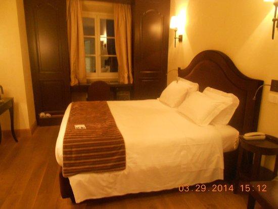 San Firenze Suites & Spa: interior do quarto