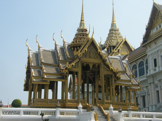 Temple - Picture of Temple of the Emerald Buddha (Wat Phra ...