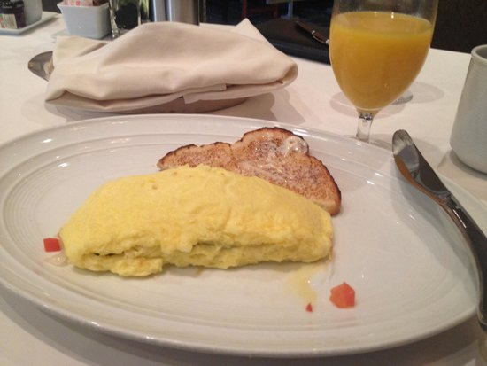 The Phoenician, Scottsdale: My $30 omelette