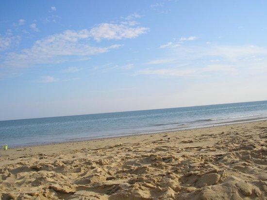 Piscine enfants picture of camping les rouilleres la for Camping sanary sur mer avec piscine