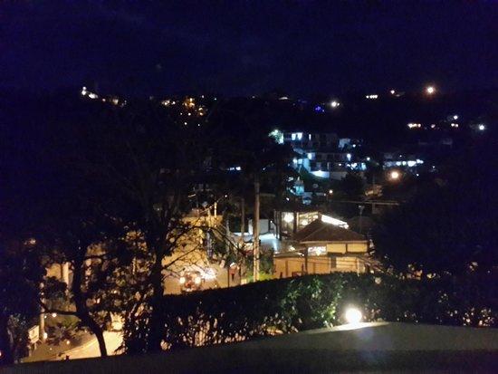 La Boheme Hotel e Apart Hotel : Night View
