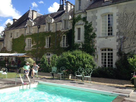 Chateau Le Mas de Montet : Ideal pool party!
