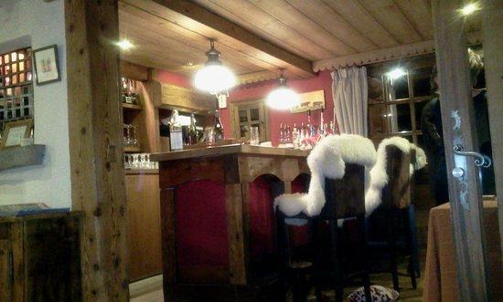 Les Chalets de la Serraz: Bar