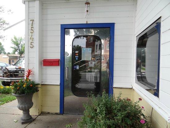Joy's Pattaya Thai: The door