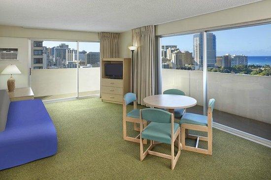 Ocean view one bedroom suite living room picture of - 2 bedroom suites honolulu hawaii ...
