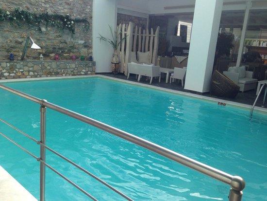 Lido: pool
