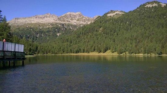 Palace Ravelli: lago delle Malghette