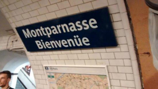 Timhotel Tour Montparnasse: Estação de metrô mais próxima