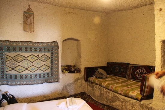 Cave Life Hotel: double room cave