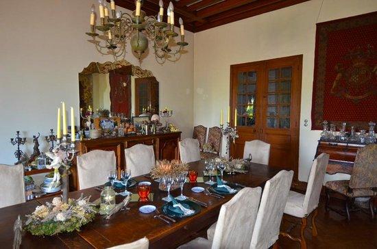 Chateau de la Villaine: Joke's table set for dinner