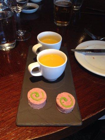 Macdonald Old England Hotel & Spa: Canopes - amazing!