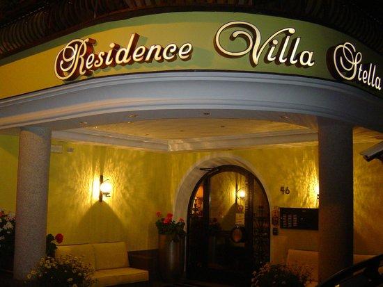 Residence Villa Stella: Main entrance.