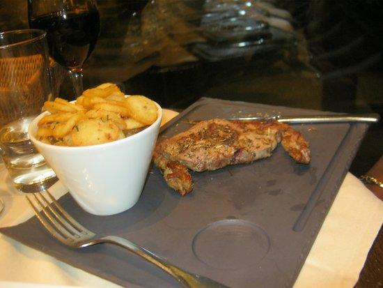 Café du Trocadéro : Well served