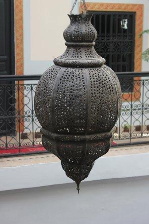 Riad azalia: Ornate Lightshade
