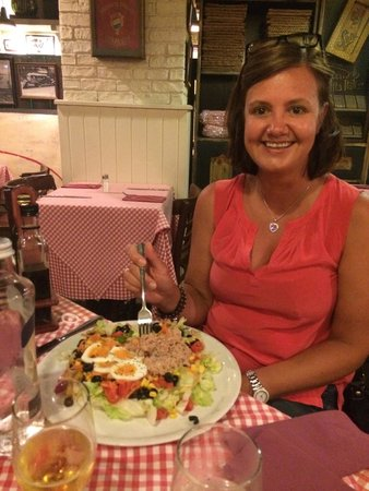 Lorenzo Trattoria: Lovely salad, too much for one...