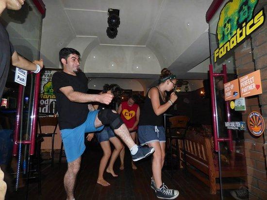 Sultan Hostel: On danse ou on mange en intérieur