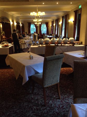 The Borrowdale Hotel: Dining room at breakfast