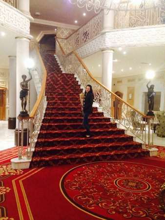 Clanree Hotel : Grand staircase