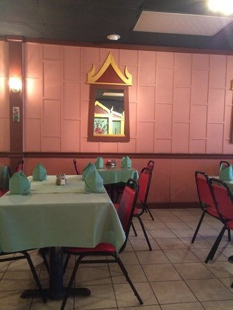 Thai Lanna Restaurant