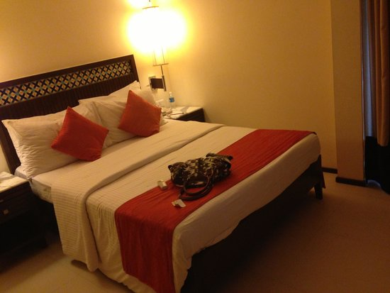 Royal Orchid Beach Resort & Spa, Goa: Room
