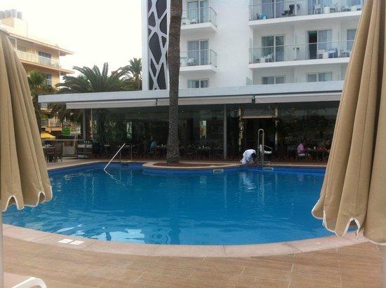 Hotel Riu San Francisco: swimming pool