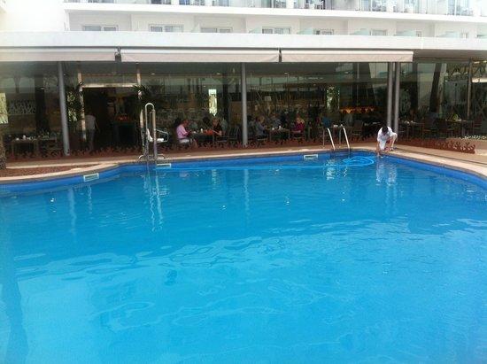 Hotel Riu San Francisco: piscina