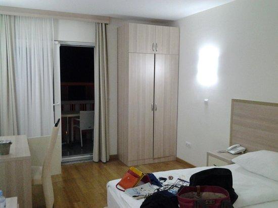 Villa MiraMar: room