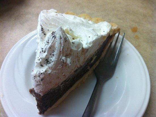 Spring Garden Family Restaurant: Choc cream pie